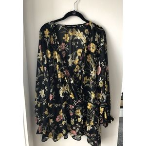 Love & Legend Floral Sheer Top size 22